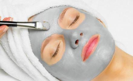 Mareen Beauty Parlor Sector 37 - Rs 599 for de-tan facial, diamond bleach, pedicure, L'Oreal hair spa & more