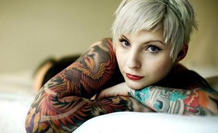 Glow And Glossy Tattoo Studio
