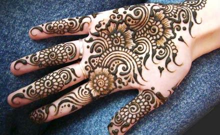 Rakesh Mehndi Professional Artist