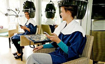 Saaz beauty salon