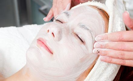 Swish Makeup Studio Taleigao - 35% off! Get facial, waxing, haircut, hair colour & more.