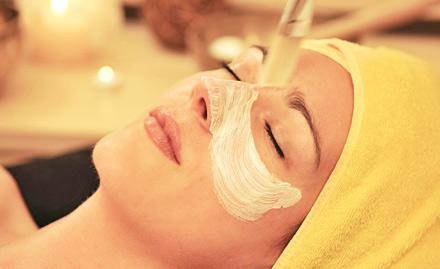 Shri Om Beauty Salon Vijay Nagar - Upto 40% off! Get facial, manicure, hair spa, hair smoothening and more!