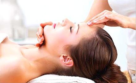 Estique Salon Spa Nail Bar & Skin Clinic