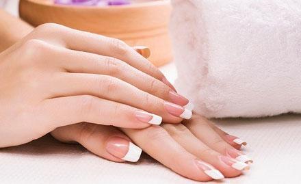 Revi Nails