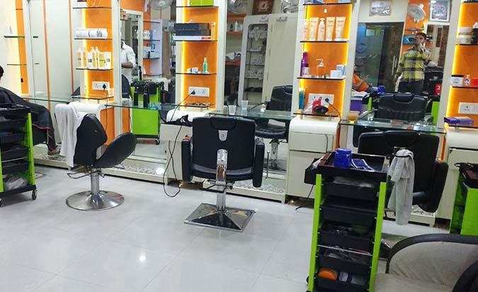 Z & U Unisex Salon deal